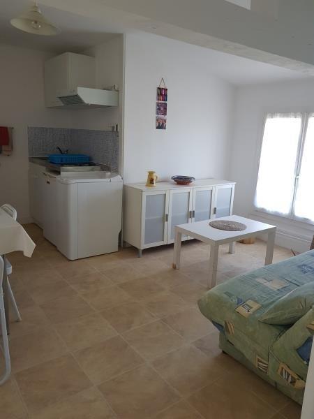 Location appartement Les boucholeurs 495€ CC - Photo 1