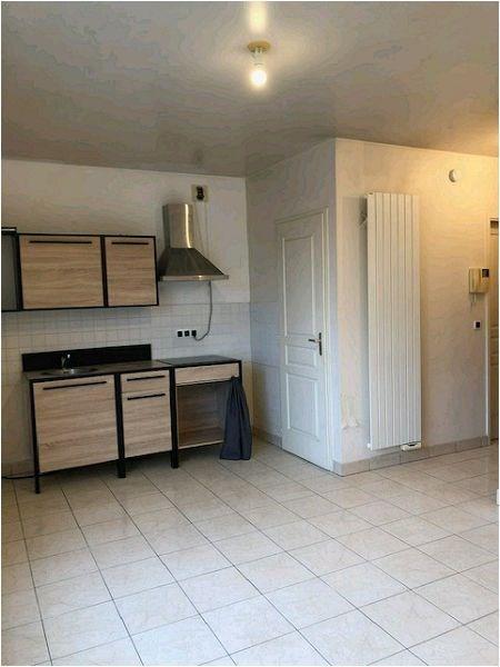Rental apartment Crosne 634€ CC - Picture 8