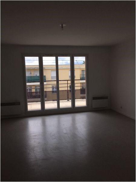 Location appartement Vigneux sur seine 928€ CC - Photo 6