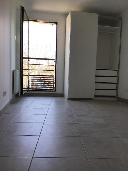 Location appartement Aix en provence 917€ CC - Photo 7