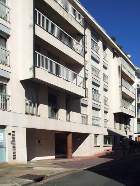 Rental parking spaces Poitiers 80€ CC - Picture 3