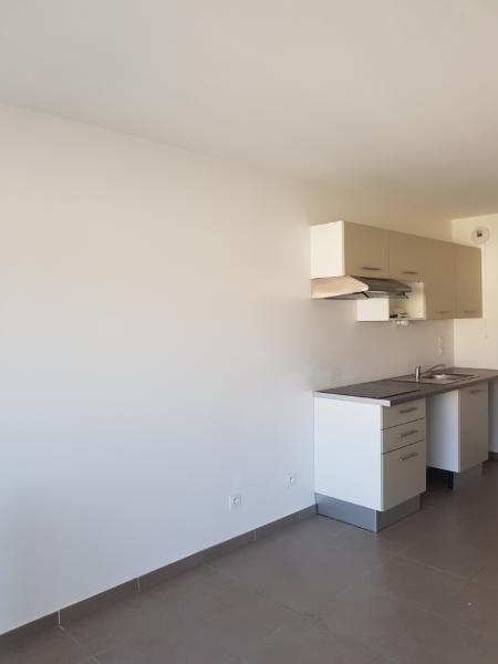 Rental apartment Vernaison 535€ CC - Picture 5