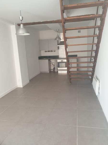 Location maison / villa Carcassonne 460€ CC - Photo 6
