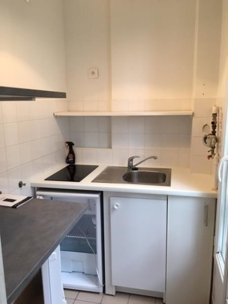 Location appartement Charenton le pont 835€ CC - Photo 3