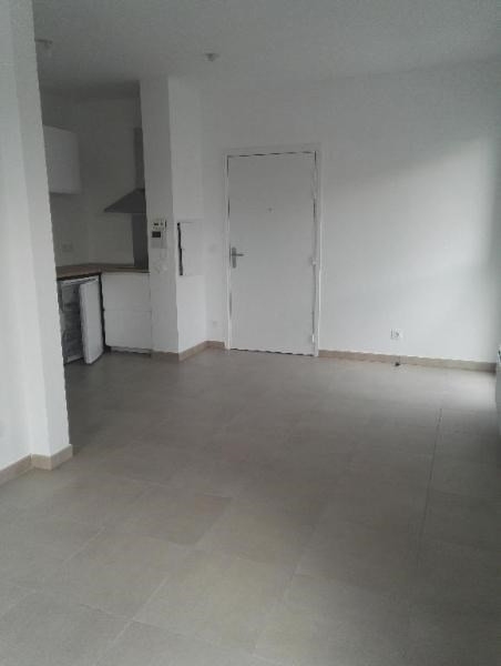 Location appartement Aix en provence 539€ CC - Photo 4