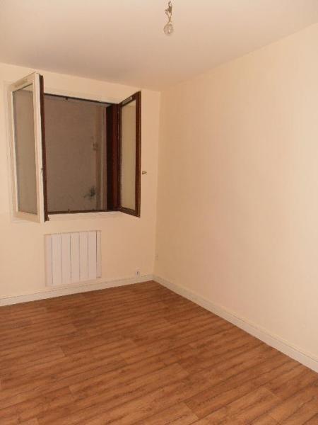 Location appartement Nantua 315€ CC - Photo 2