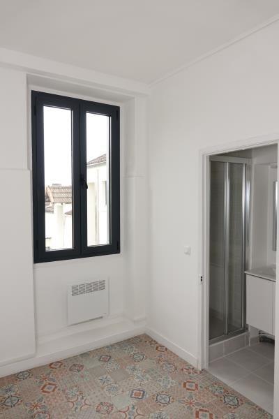 Sale apartment Carrieres sur seine 200000€ - Picture 1
