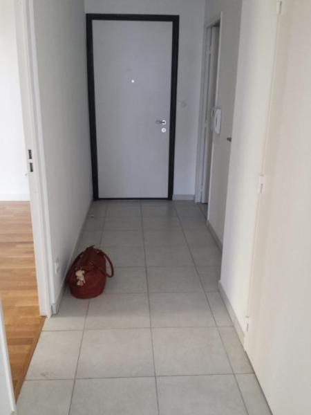 Rental apartment Lyon 8ème 705€ CC - Picture 4