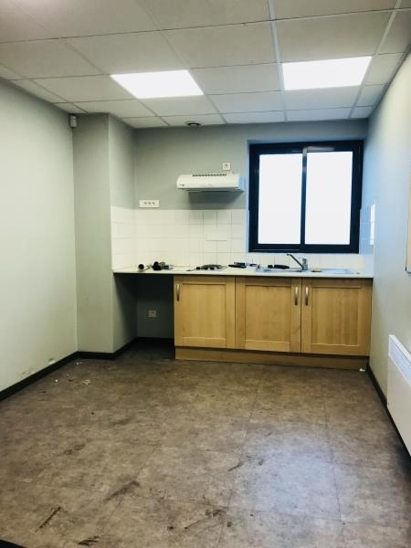 Rental empty room/storage Lisieux 11358€ HT/HC - Picture 7