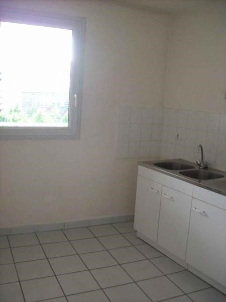 Location appartement Grenoble 674€ CC - Photo 3