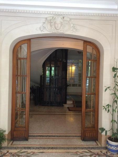 Location appartement Paris 16ème 5990€ CC - Photo 2