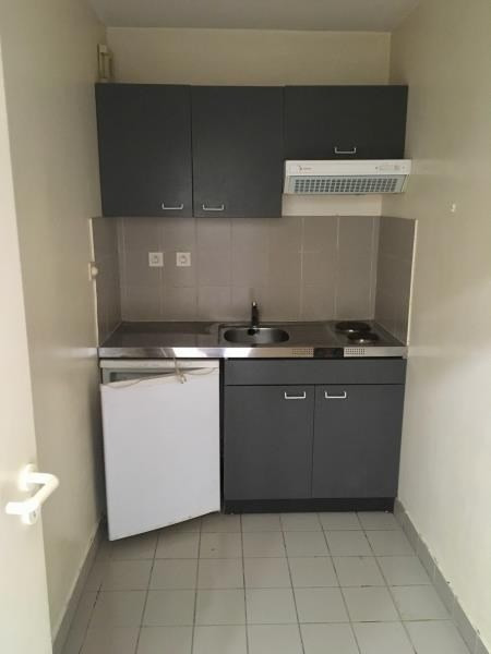 Location appartement Poitiers 365€ CC - Photo 2
