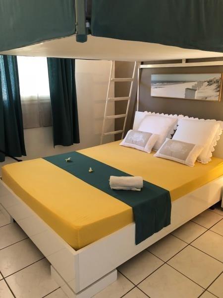 Deluxe sale apartment St leu 420000€ - Picture 7