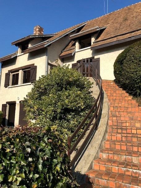 Maison marly le roi - 9 pièce (s) - 300 m²