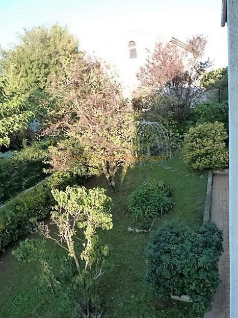 Revenda residencial de prestígio casa Toulon 565000€ - Fotografia 12