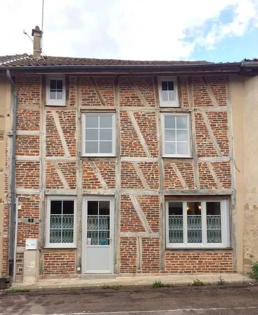 Vente maison / villa Cuisery 7 minutes 129 900€ - Photo 1