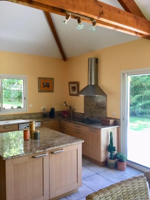Deluxe sale house / villa Gan 583000€ - Picture 3