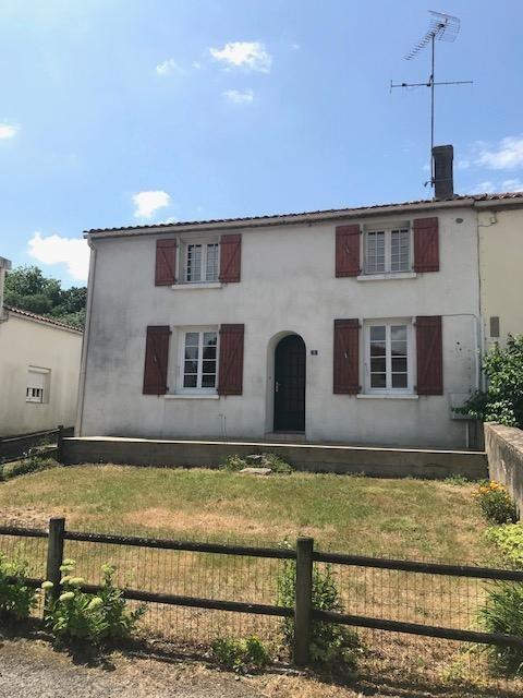 Sale house / villa Ste flaive des loups 116000€ - Picture 1