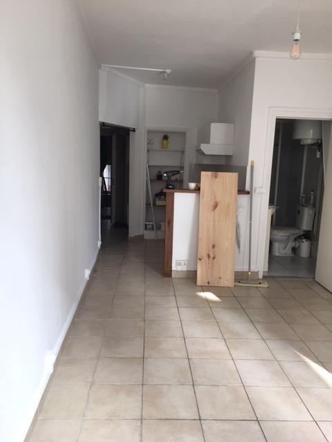 Sale apartment Paris 2ème 302100€ - Picture 2