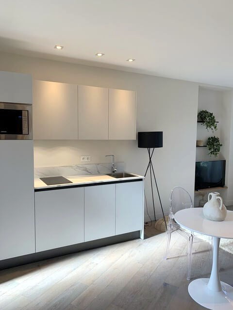 Sale apartment Nice 245000€ - Picture 1