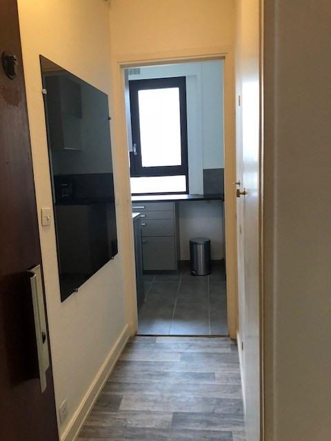 Rental apartment Paris 13ème 980€ CC - Picture 2