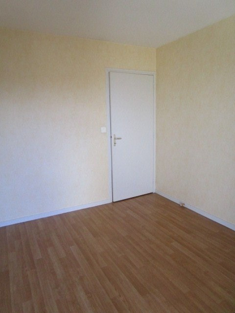 Location appartement St lo 490€ CC - Photo 4