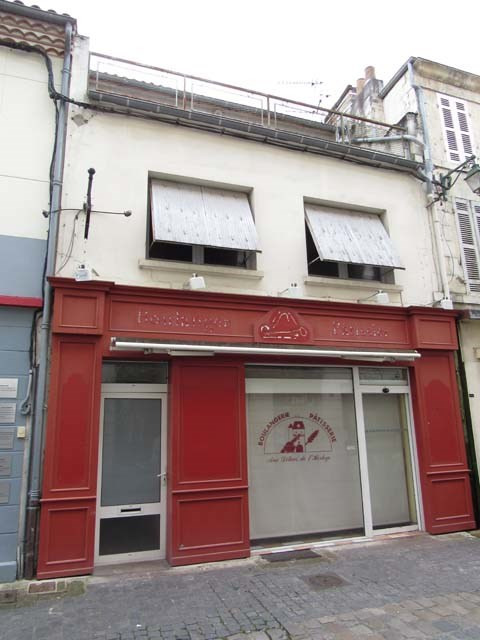 Sale building Saint-jean-d'angély 75 000€ - Picture 2