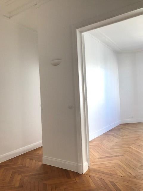 Rental apartment Paris 16ème 3990€ CC - Picture 18