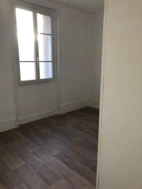 Location appartement Saint germain en laye 1 060€ CC - Photo 6