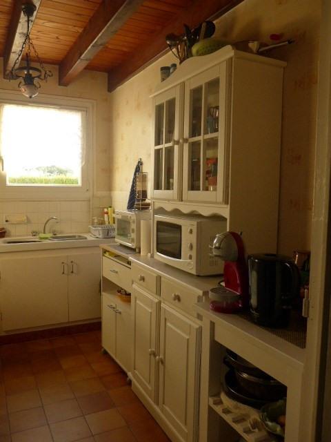 Revenda casa Le palais 368450€ - Fotografia 3