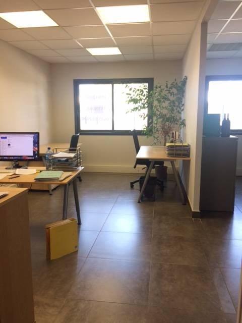 Sale office Avignon 193000€ - Picture 4