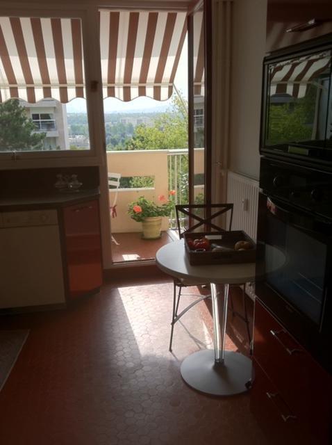 Rental apartment Le pecq 1340€ CC - Picture 2