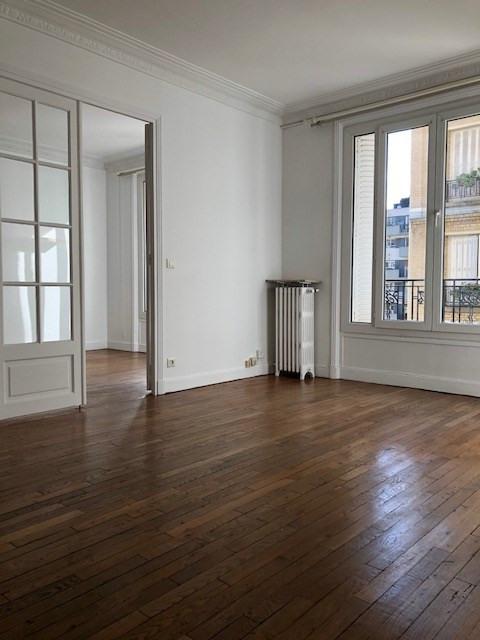 Location appartement Paris 14ème 1362€ CC - Photo 1