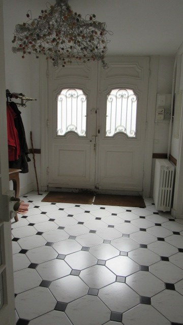 Sale house / villa Saint-jean-d'angély 227 900€ - Picture 3