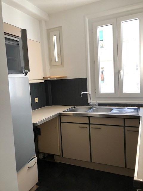 Location appartement Paris 14ème 1362€ CC - Photo 11