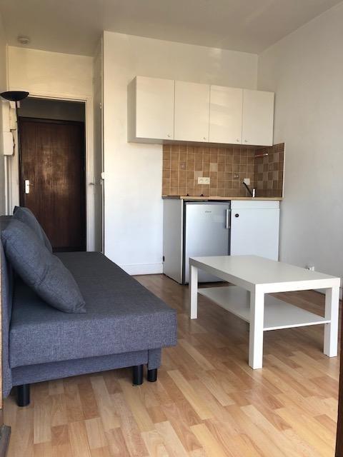 Location appartement Saint germain en laye 610€ CC - Photo 2