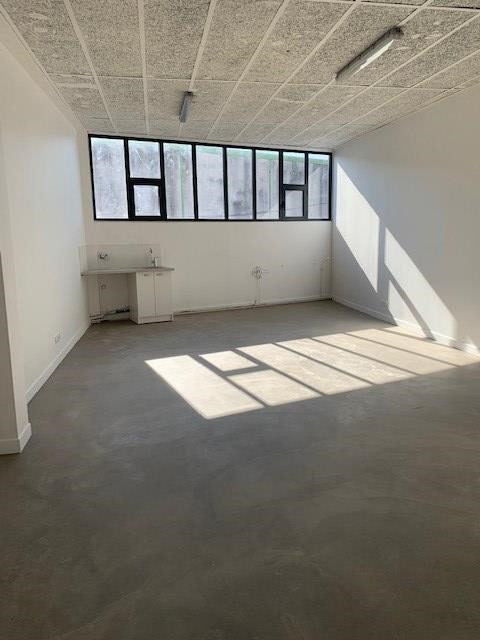 Rental office Montreuil 690€ HC - Picture 1
