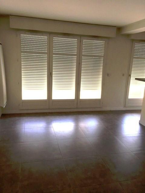 Location appartement Villeneuve saint georges 950€ CC - Photo 3