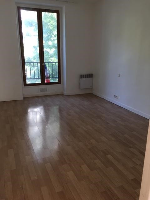 Rental apartment Aubervilliers 889€ CC - Picture 4