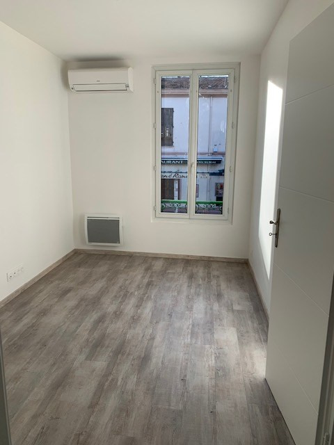 Location appartement Saint laurent du var 690€ CC - Photo 4