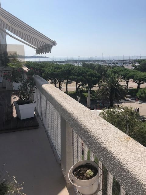 Sale apartment Royan 380 000€ - Picture 1