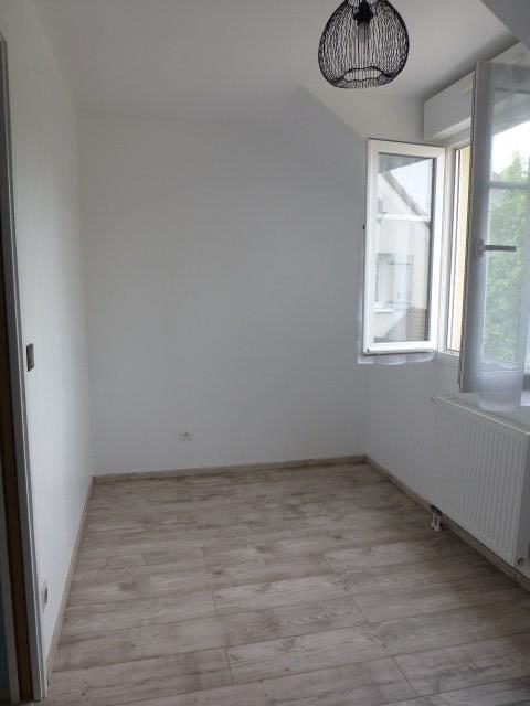 Rental house / villa Buchelay 890€ CC - Picture 6