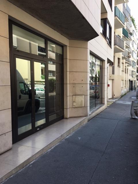 Rental empty room/storage Paris 20ème 2184€ HT/HC - Picture 2