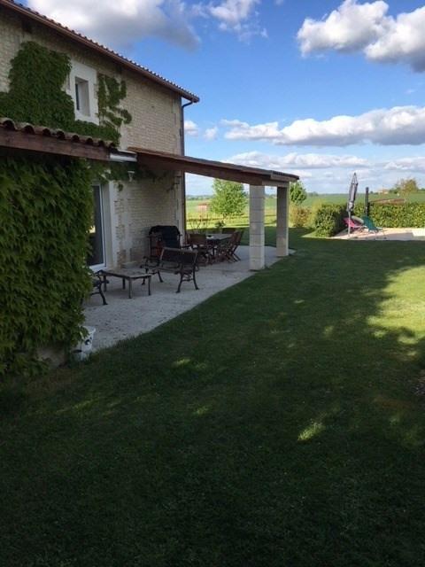 Vente maison / villa Barbezieux-saint-hilaire 391500€ - Photo 5