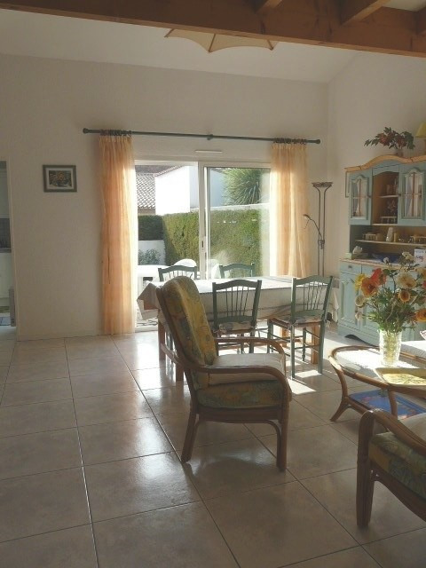 Vacation rental house / villa Vaux-sur-mer 500€ - Picture 1