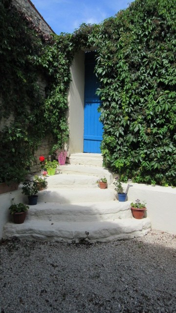 Sale house / villa Saint-georges-de-longuepierre 327050€ - Picture 7