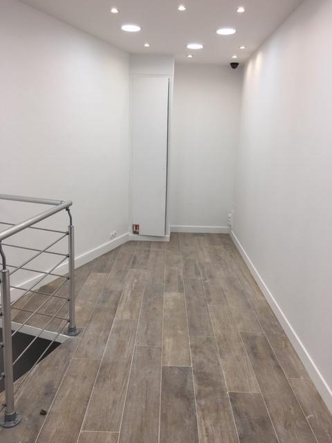 Rental empty room/storage Paris 2ème 1800€ HT/HC - Picture 2