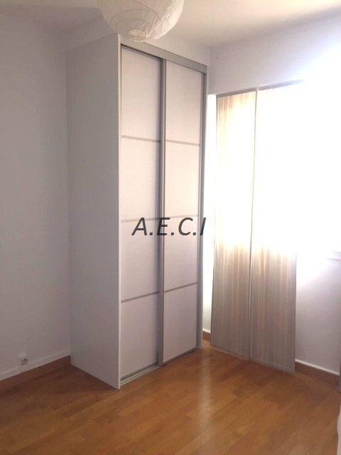 Location appartement Neuilly-sur-seine 3870€ CC - Photo 10