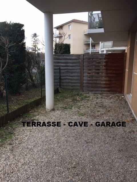 Location appartement Roche-la-moliere 564€ CC - Photo 1
