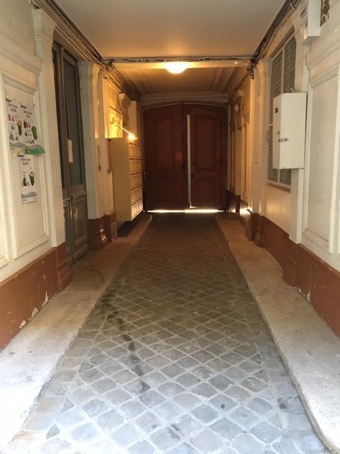 Rental apartment Paris 11ème 1190€ CC - Picture 10